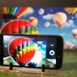 Samsung merakla beklenen yeni telefonu Galaxy S5'i Barcelona ve New York'ta aynı anda tanıttı